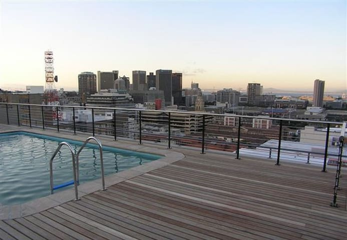 Secure Studio Apartment: Great Central Location - Cape Town - Lejlighed