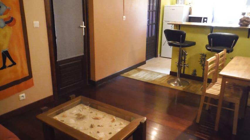 Appartement Fleur de Bananier - GP - Apartemen