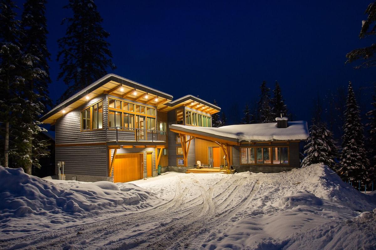 Wonderful 4000 Sq Ft Canadian Home - d7141e39-a46b-42e0-b1bd-520486e7807e  Graphic_998952.jpg?aki_policy\u003dxx_large