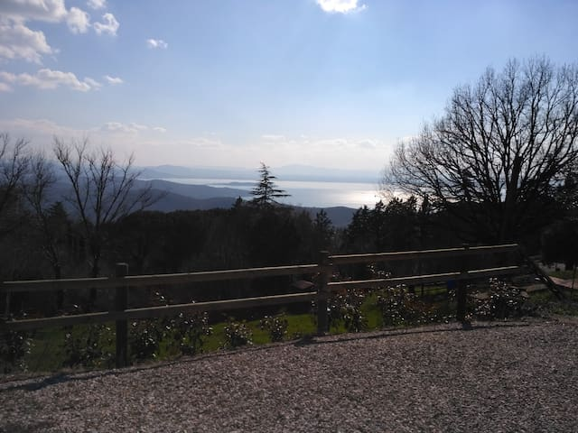 Apartment with a view of Lake Trasimeno