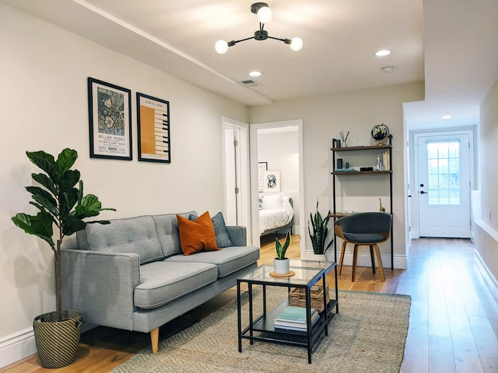 Charming Mission Apartment