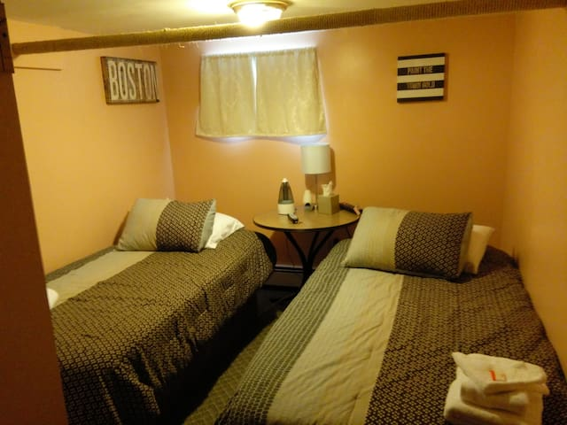 Room Near JFK Twin Beds - Queens - Huis