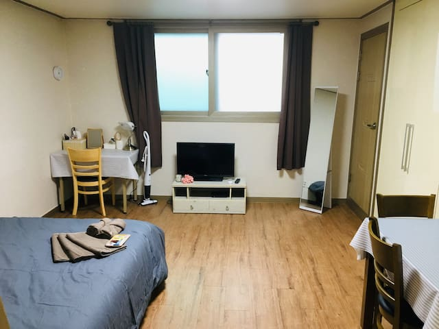 Cozy and Comfy Studio in Paengseong