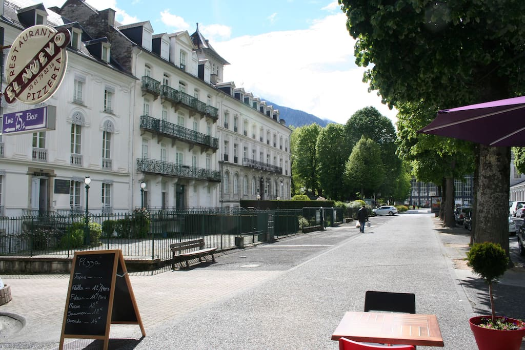 une vue de la façade de la résidence