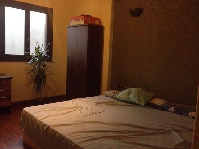Sunny private room in central Cairo