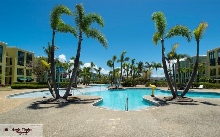 True beachfront paradise: Aquatika 6702 pool open