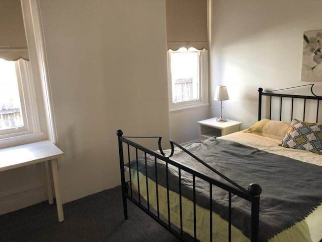 Beautiful Large Bedroom 2 at Heart of Town