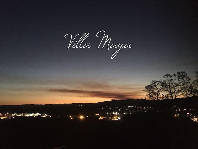 Villa Maya~Free WiFi, Prime Location, Valley Views