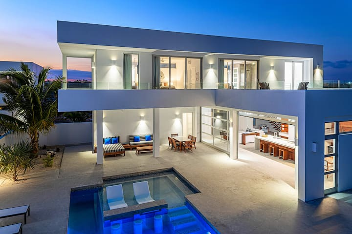New 3-Bedroom Villa - 500 ft from the Beach