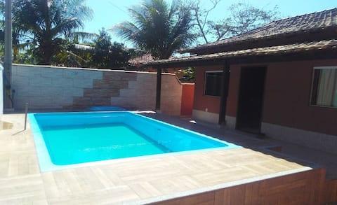 Casa c/ piscina, wi-fi, tv a cabo Unamar Cabo Frio