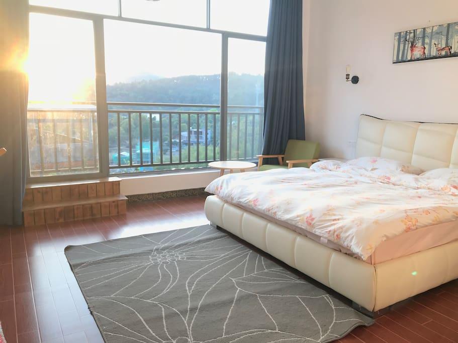 观景阳台大床房2