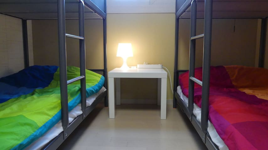준앤욱 스테이 Room Red2, 지하철역 주변, 안전, 깨끗, 무료주차
