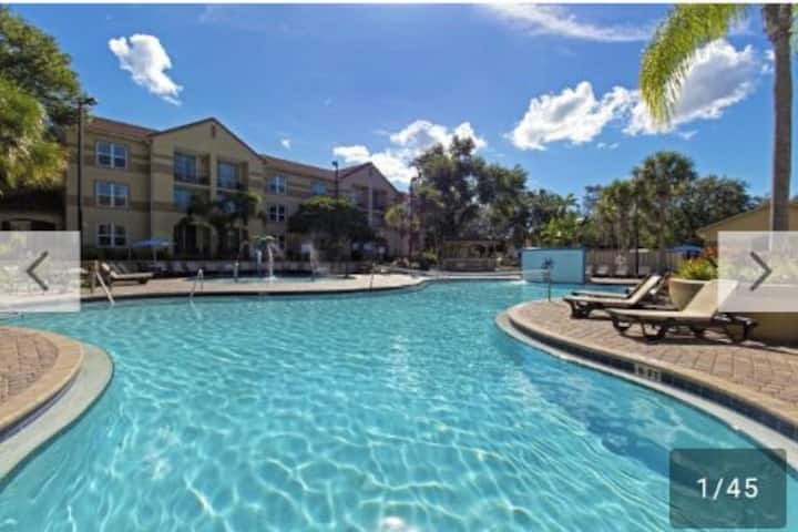 Westgate Blue Tree Resort 2 BDRMS