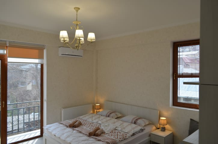 The beautiful cozy house in old Tbilisi ( -50 % )