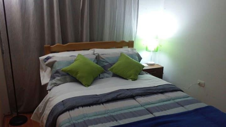 Habitación confortable a 5 minutos del aeropuerto