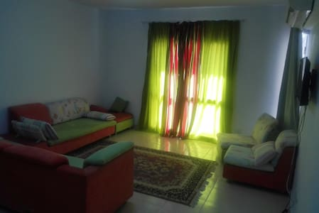 Flat 2 rooms in rehab compound - Apartamento