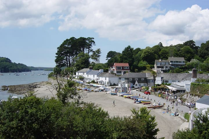 3 Bedroom Flat. Helford Passage Cornwall