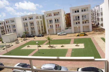 une chambre dans un appartement - Dakar - Apartment