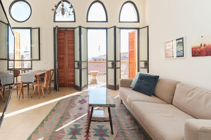 Designed 3BD Apartment in Historic Jaffa Area
