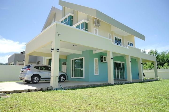 KK-Likas Jade House | 近市区三层楼私人洋房