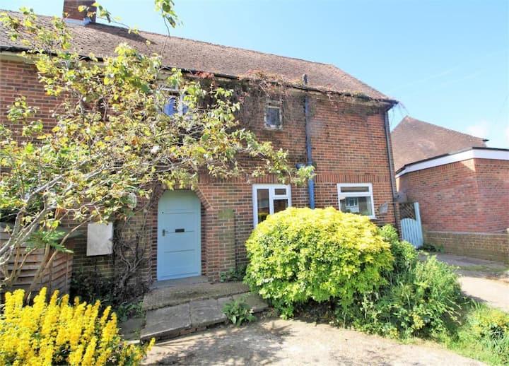3 bedroom semi-detached in Henfield