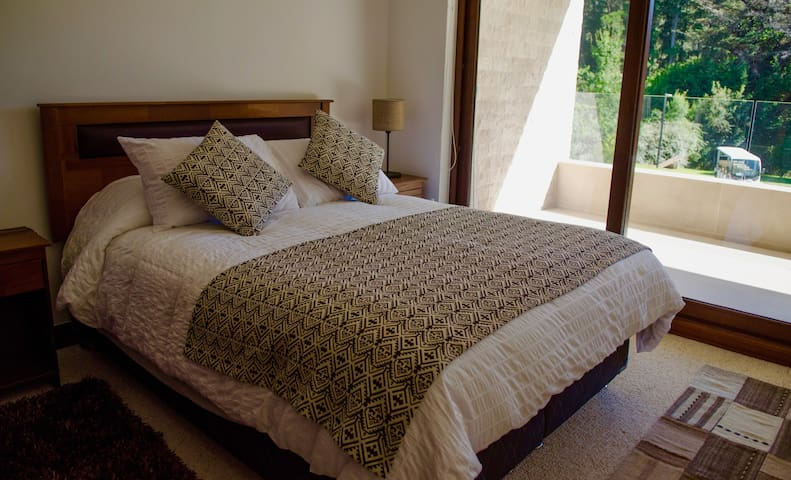 Fully equipped and comfortable master bedroom for a quiet night of sleep.