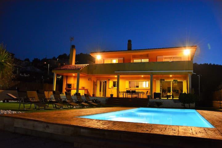 Villa Sitges Lia a 10 minutos en coche de Sitges