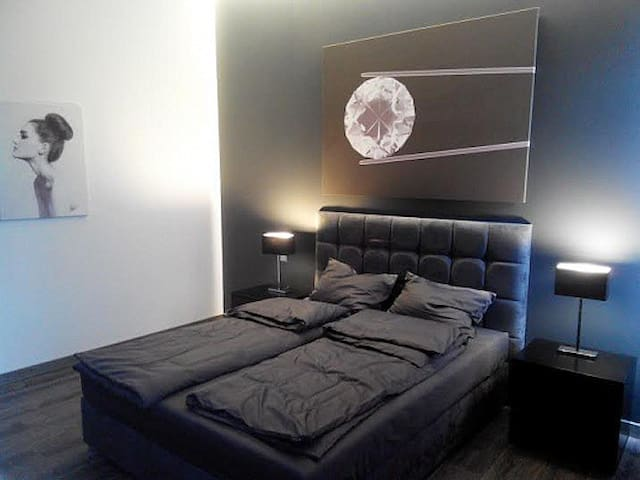 Luxurious VIP apartments at Market Square