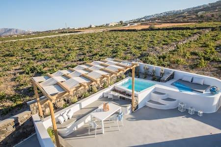 East Side Santorini Private Villa