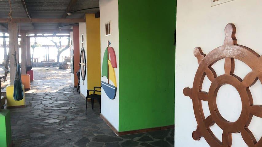 El Ancla Beach Hotel