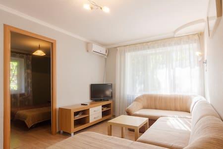 Уютная и тихая квартира - 索契(Сочи) - 公寓