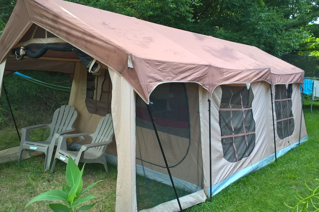 10x20 Tent with screen porch