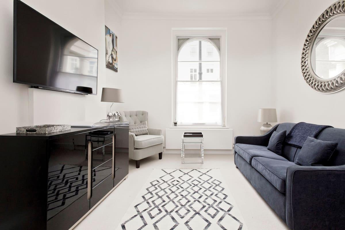 Luxury, Regency Apartment in Central London