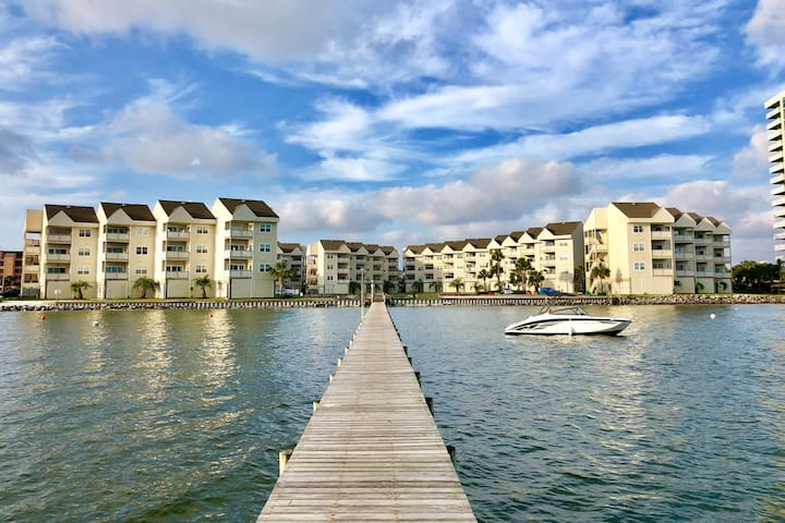 Soul Shine - WATERFRONT Condo on Pensacola Beach