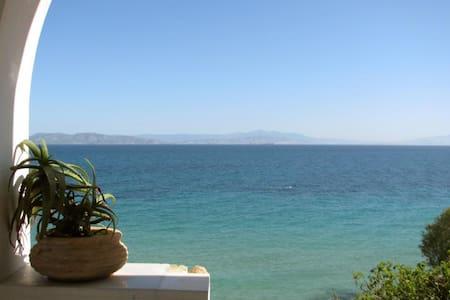 Aegina's Private House@Sandy Beach! - Aegina - Villa