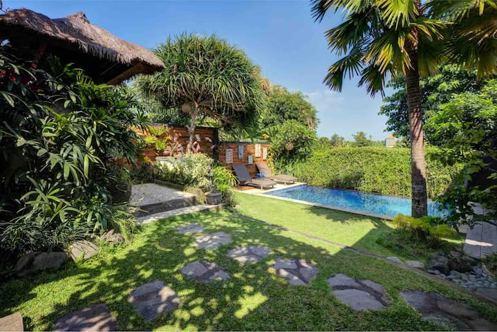 HIDEAWAY ENCHANTING_Entire villa with Private pool