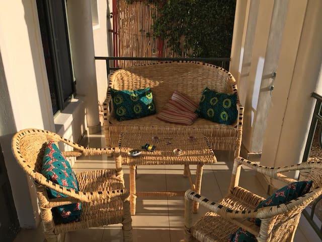Cozy room in spacious and bright Kimihurura house