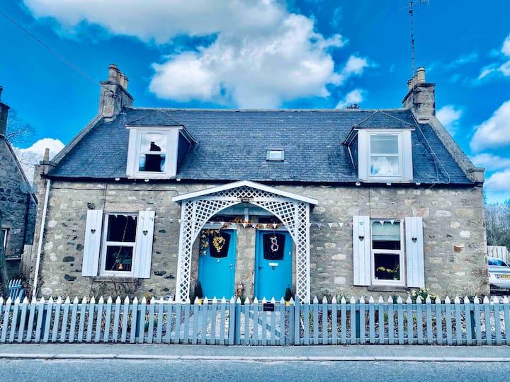 Bonnie Wee Cottage Snuggled into Bennachie