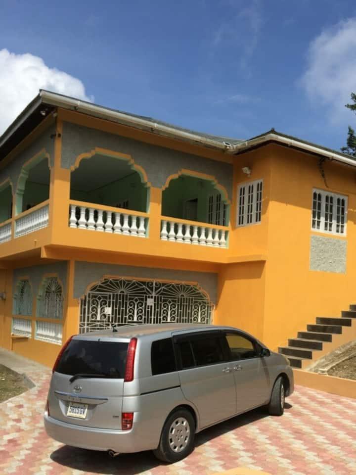 Letia's Luxury Home