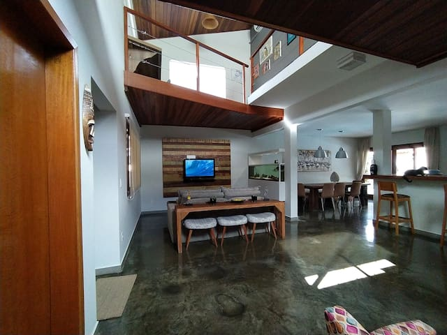 Comfortable house in Ubatuba at safe condominum