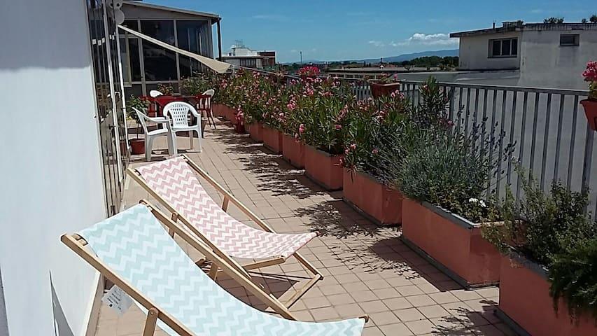 *attico in centro+grande terrazza*