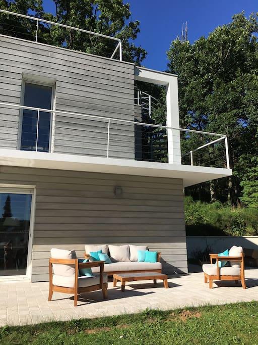 Maison d 39 architecte en pleine nature 4 chambres case in for Architecte ile de france