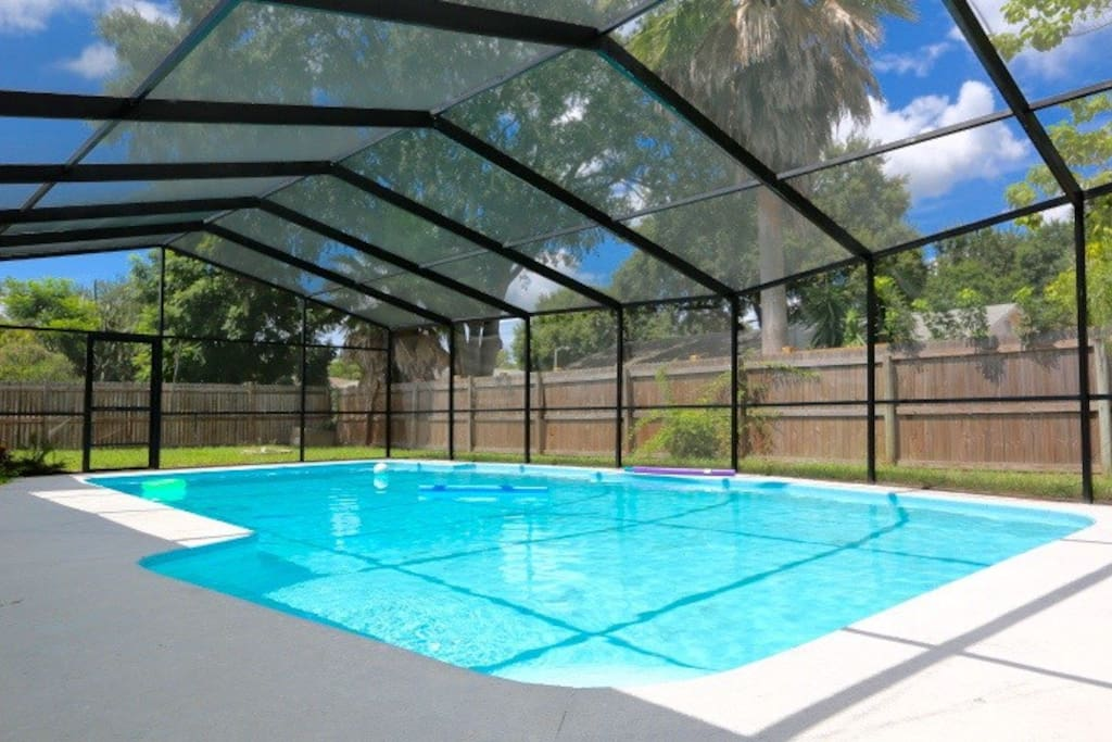 3 bedrooms 2 bath 1 mile from universal studios houses for Bath house florida