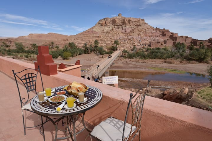 Family room for 4 with Breakfast - Aït Ben Haddou - Pousada