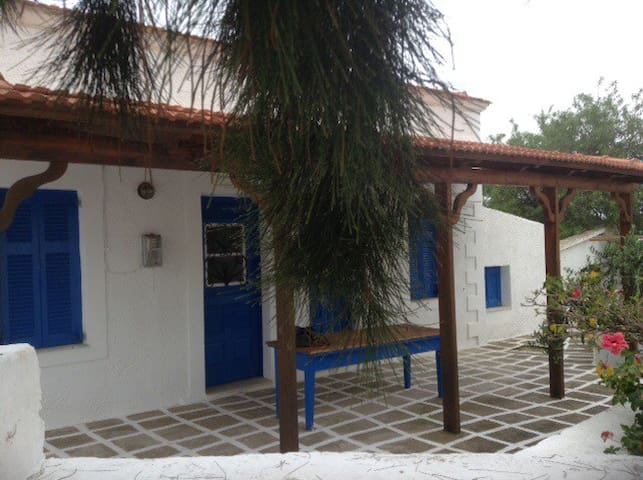 Charming home near island center - Karpathos - Dom