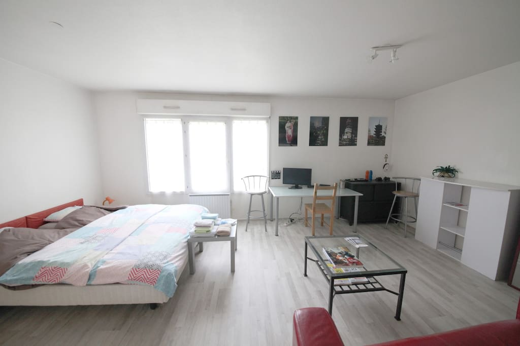 joli f1 meubl nancy centre ville appartements louer nancy lorraine france. Black Bedroom Furniture Sets. Home Design Ideas
