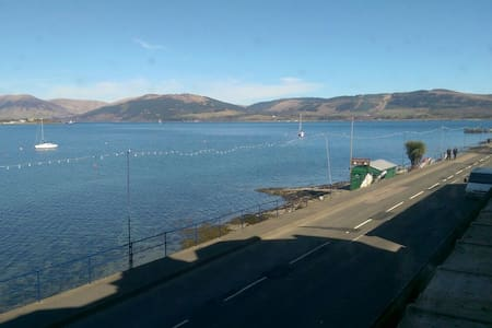 Stunning Views of the Bay and Loch - Port Bannatyne