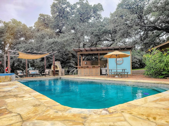 6-Acre Retreat with Live Oaks, Pool & Party Barns