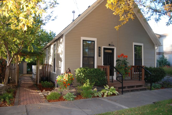 Historic Home In Downtown Boise / North End