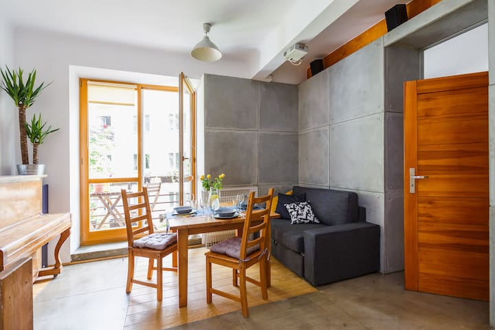 Unique apartment in beautiful part of Warsaw